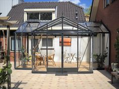 Orangerie aangebouwd. 0174-290727.