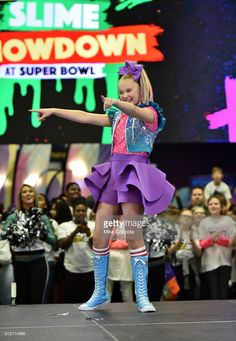 JoJo Siwa performs onstage at Nickelodeon at the Super Bowl Expereince during NFL Play 60 Kids Day on January 2018 in Minneapolis, Minnesota.