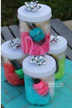 25 Homemade Gift Ideas for Mother's Day! # diy spa kit gift 25 Homemade Gift Ideas for Mother's Day! Girls Birthday Party Games, Spa Birthday Parties, Kids Party Games, Spa Party, Diy Birthday, Birthday Ideas, 11th Birthday, Activities For Girls, Crafts For Kids