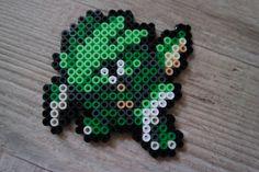 123 Insécateur / Scyther - Perler Beads by Vicsene Pixel Art, Pokemon Sprites, 151 Pokemon, Pokemon Perler Beads, Pixel Beads, All Minecraft, Iron Beads, Perler Patterns, Charizard