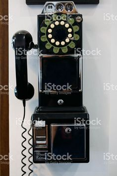 #vintage #phone #barber #hipsterstyle #copyspace #editors #graphics #bloggers #magazine #designer #istockphoto file id 96538971 #iphonesia #editorial #editores #graficos #stockphoto #design # marisaperezdotnet