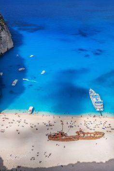 ✧ pinterest: lx_xa ✧☽ ☼ Navagio beach, Zakynthos, Greece