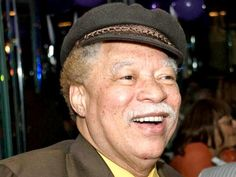 Actor and Comedian Reynaldo Rey died due to complications from stroke at the ... Reynaldo Rey #ReynaldoRey