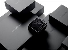 69 Ideas For Jewerly Packaging Design Inspiration Black Packaging, Luxury Packaging, Box Packaging, Ecommerce Packaging, Cosmetic Packaging, Retail Packaging, Luxury Branding, Fashion Packaging, Jewelry Packaging