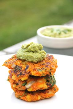 In season in August - sweetcorn. These carrot, coriander & sweetcorn fritters with broad bean hummus would make a tasty treat at the end of a summer evening #food #recipe #summer