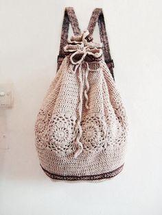 Crochet Backpack Inspiration ❥ 4U hilariafina http://www.pinterest.com/hilariafina/