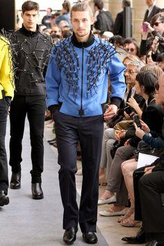 Pierre Cardin Spring-Summer 2013 Paris Men's Fashion Week ~Infinity Smile Gq Style, Pierre Cardin, Manners, Men's Clothing, Infinity, Blazers, Men's Fashion, Menswear, Spring Summer