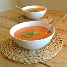 Spicy, warming red lentil, pepper and tomato soup. Delicious and simple to prepare, the perfect meal in minutes! Vegan