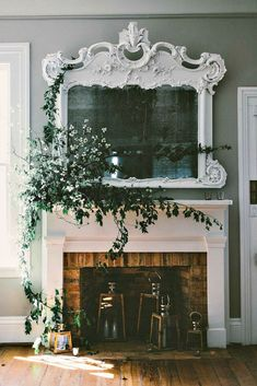 Vintage Interior Design diy fireplace mantel - 22 unused fireplace ideas - use it as a storage space, create personal gallery, bookcase, create shelves, put a log in the fireplace etc. Unused Fireplace, Diy Fireplace Mantel, Fireplace Ideas, Decorative Fireplace, Fireplace Mirror, Decorating Ideas For Fireplace, Above Fireplace Decor, Mantle Ideas, Fireplace Decorations