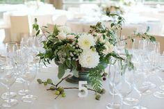 Número elegante de madera. Centro de mesa. Elegant wooden table number. Wedding in Barcelona by Detallerie.