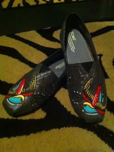 toms shoes hand painted toms shoe by creativeangelz on Etsy, share the best shoes