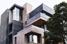 CUBOID HOUSE BY AMIT KHANNA DESIGN