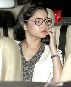 The who s who of Bollywood were in attendance at Yash Raj Studios special screening of Piku . Katrina Kaif, Deepika Padukone, Kangna Ranaut, Ranveer Singh and other celebs were snapped Bollywood Couples, Bollywood Girls, Bollywood Stars, Bollywood Celebrities, Bollywood Fashion, Cute Romantic Pictures, Ankita Lokhande, Casual College Outfits, Ranveer Singh