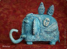 Поделка изделие Лепка Папье-маше Слон Голубая сказка Бумага Краска Фарфор холодный фото 1