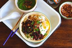 Chili Pan Mee is a popular spicy Chinese Malaysian noodle dish. This dry version noodle is made with homemade Chinese's egg noodles and flavored with spicy &. Yummy Noodles, Wonton Noodles, Pork Noodles, Asian Noodles, Egg Noodles, Meat Sauce Recipes, Spicy Recipes, Asian Recipes, Soup Recipes
