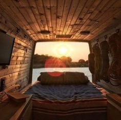 99 DIY Guide To Living In Your Van And Make Your Road Trips Awesome (36)