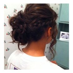 23 Prom Hairstyles Ideas for Long Hair ❤ liked on Polyvore featuring beauty products, haircare, hair styling tools, hair, hairstyles, hair styles, beauty and cabelos