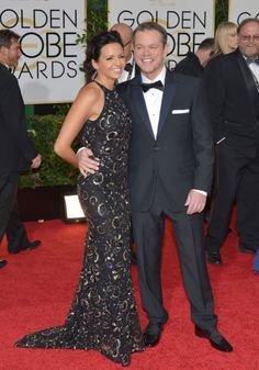 Matt Damon and his stunning wife, Luciana Bozán Barroso, were picture perfect at the 2014 Golden Globes! The actor was sporting a Calvin Klein suit, while his lovely lady dazzled in a black patterned Naeem Khan creation!