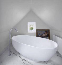 Badezimmer von Andrew Mulroy Architects