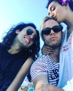 Riker via Instagram (Rikvannah pictured right)