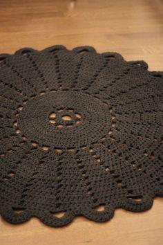 Crochet bathroom rug