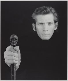 Self Portrait, 1988 by Robert Mapplethorpe on Curiator, the world's biggest collaborative art collection. Robert Mapplethorpe, People Photography, Portrait Photography, Life Photography, Houston, Black And White People, Still Life Images, Beat Generation, National Portrait Gallery