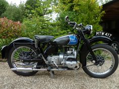 Cool Motorcycles, Vintage Motorcycles, Made In Uk, Bobbers, Cafe Racers, Vehicles, Classic, Derby, Car
