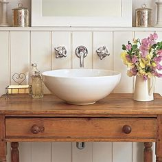 This is the only type of vessel sink i really like, because it feels like an old fashioned washstand