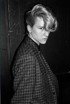 Portraits of the london punk movement of the 1970s and 1980s -- photos by Derek Ridgers