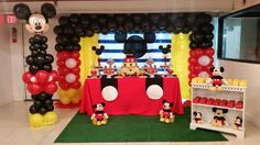 Nathan's Mickey Mouse 1st Birthday decoration 1st Birthday Boy Themes, Mickey Mouse First Birthday, Mickey Mouse Clubhouse Birthday Party, 1st Birthday Decorations, Birthday Party Tables, Fiesta Mickey Mouse, Mickey Mouse Parties, Mickey Party, Bolo Mickey