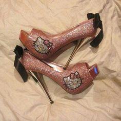 Hello Kitty shoes! Hello Kitty Tumblr, Hello Kitty Shoes, Hello Kitty Items, Peep Toe Pumps, Stiletto Heels, Shoes Heels, Stilettos, Crazy Shoes, Me Too Shoes
