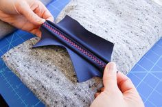 Use a sewing machine to sew flatlock effect seams, no special machine needed!