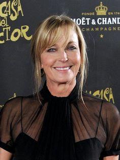 Bo Derek (Geburtsname Mary Cathleen Collins;) (* 20. November 1956 in Long Beach, Kalifornien) ist eine US-amerikanische Schauspielerin. Sie galt in den 1980er Jahren als Sexsymbol.