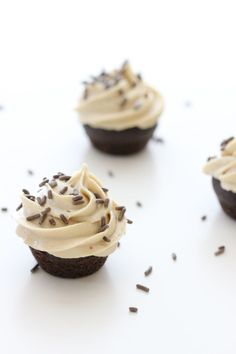 un-peanut butter frosting (allergy friendly)