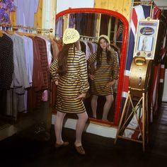 """Fun-Maker"" Pauline Fordham and her Palisades Boutique in Ganton St, 1966 - Flashbak"