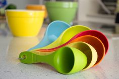 New Purelast Measuring Cups 80% Recycled Bamboo in super bright colors * EcoSmart by Architec