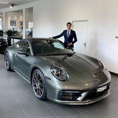 Taking delivery of aventurine green 922 - Rennlist - Porsche Discussion Forums Porche 911, Porsche 911 Turbo, Porsche Sports Car, Porsche Cars, Sexy Cars, Hot Cars, Carrera S, Luxury Sports Cars, Good Looking Cars