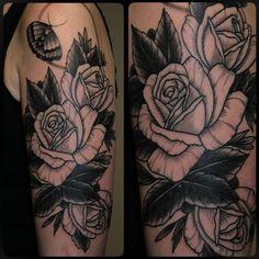 #blackworkflowertattoo #blackwork #blackworktattoo #tattoo #tattoos #moth #mothtattoo #schweresee #muetattooer #stendal #germantattooers #realtattoos #flowertattoodesign #flowertattoo #flowertattooidea #tattooidea