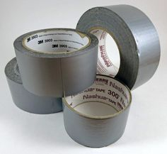 Duct tape is fantastic stuff with a myriad of uses. Here are just 78 of the ways you can use duct tape for survival and emergency purposes. Survival Food, Survival Prepping, Survival Skills, Disaster Preparedness, Wilderness Survival, Survival Quotes, Duct Tape For Warts, Duct Tape Flowers, Duck Tape Crafts