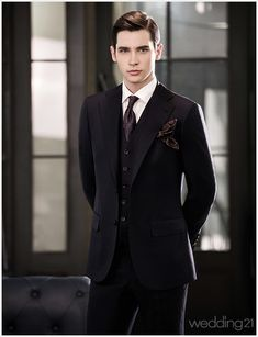 Men Fashion Ideas and Styles To Elegant Look This Year 33 Mens Fashion Suits, Mens Suits, Men's Fashion, Fashion Ideas, Leather Fashion, Leather Men, Leather Pants, White Leather, Leder Outfits