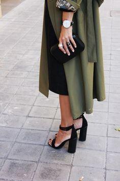 black high sandals, green coat.