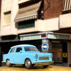 Un #trabant por las calles de #montilla. #hw #hotwheels #diecastcar #diecast #hotwheelscollector #hotwheelsdaily #hotwheelspics #hotwheelsrepost #hotwheelsspain #diecastcars #diecastpics #miniaturas #cochecito #cartoys #hwc #ajrhw #wheels #twitter #diecastphoto #diecastphotography
