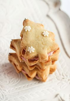 Ginger Shortbread with Cherry Icing by raspberri cupcakes