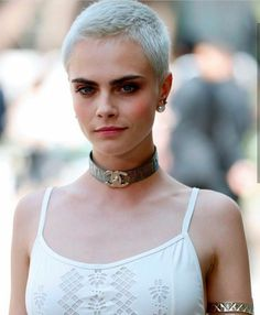 Cara at the Chanel Haute Couture Fall