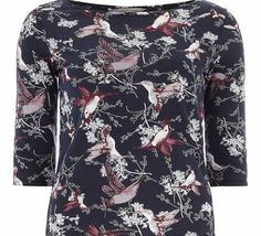Dorothy Perkins Womens Petite bird printed 3/4 tee- Blue Petite Exclusive navy bird printed 3/4 sleeve tee. Wearing length is approximately 60cm. 100% Cotton. Machine washable. http://www.comparestoreprices.co.uk//dorothy-perkins-womens-petite-bird-printed-3-4-tee-blue.asp