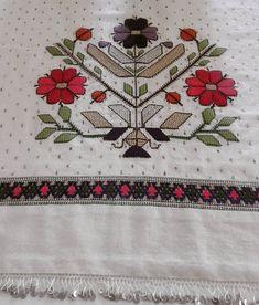 #köy#dokuma #bezi #üzerine #hesapisi #musabak#telkırma #çekme #ajur#kendi elemegim Embroidery Patterns, Hand Embroidery, Stitch Patterns, Crochet Patterns, Small Blankets, Different Stitches, Crochet Round, Linen Napkins, Bargello