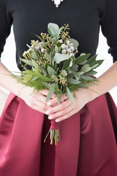 Absolutely loving this dress and bouquet combo for a winter wedding.
