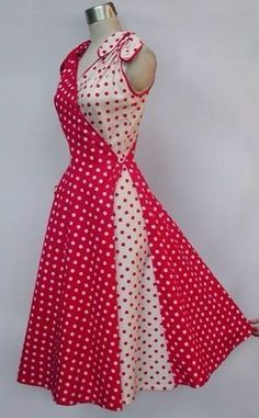 Butterfly Dress Style only lose the bows and add sleeves! Retro Mode, Mode Vintage, 1950s Fashion, Vintage Fashion, Pretty Dresses, Beautiful Dresses, Vintage Dresses, Vintage Outfits, Vintage Shoes