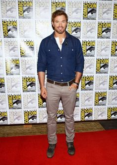 Kellan Lutz at Comic-Con Styled by Jenny Ricker. Grooming by Riawna Capri. The Legend Of Hercules, Beautiful Men, Beautiful People, Charlie Carver, Evolution Of Fashion, Kellan Lutz, The Expendables, Best Model, Hot Guys