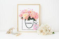 Peonies in chanel bag& coco chanel perfume. Printable por Byoliart